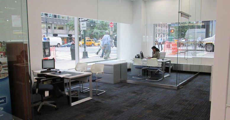 Financial Firm, Universal with Frameone Accents, Qivi Chair